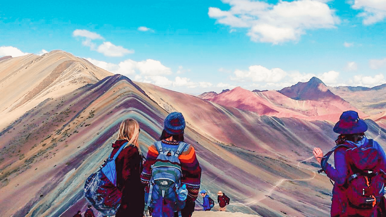 Rainbow Mountain: One of the places that must be visited before dying